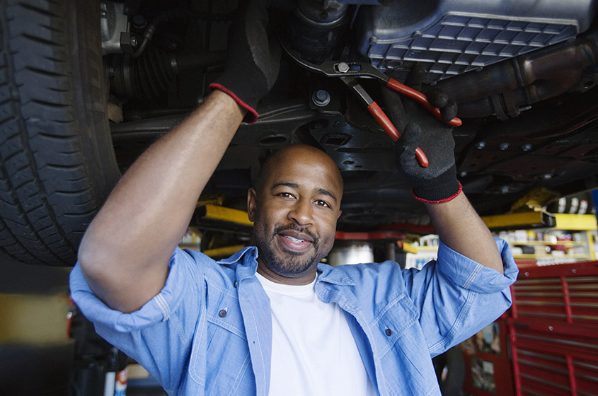 Mechanic Providing Race Car Repair Services in Houston, TX